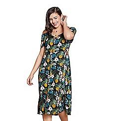 Yumi Curves - Black floral print 'Madina' plus size dress