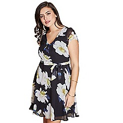 Yumi Curves - Multicoloured floral 'Nabiha' plus size skater dress