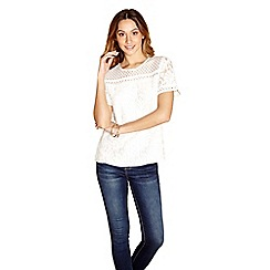 Yumi - Ivory lace front top