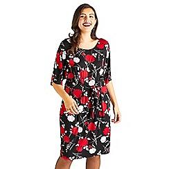 57224a0313 Yumi Curves - Black floral jersey  Baylee  plus size dress