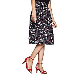 Yumi - Black botanical print jacquard skirt