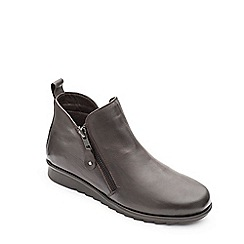 Padders - Dark brown leather 'Berry' mid heel wide fit boots
