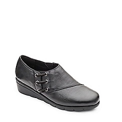 Padders - Black leather 'Birch' mid heel wide fit shoes