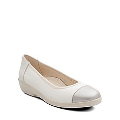Padders - Cream 'Fearne' womens pump shoes