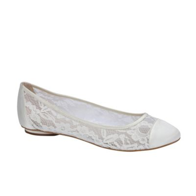 Pink by Paradox London - Lace 'sweetie' flat pumps