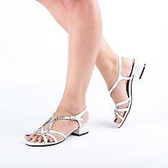Pink by Paradox London - White 'Ritaa' Mid Heel Block Heel T-Bar Sandals