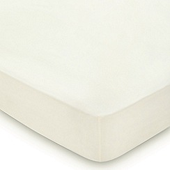Hotel - Ivory Egyptian cotton percale 300 thread count 'Bexley' fitted sheet