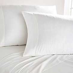 DKNY - White cotton sateen 300 thread count 'City Pleat' Standard pillow case