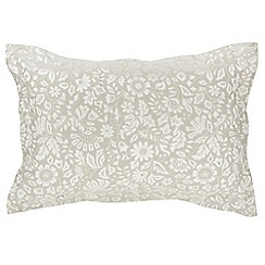 Helena Springfield - Natural viscose and polyester 'Lily' Oxford pillow case