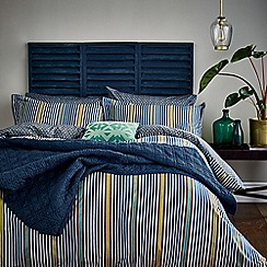 Bedeck of Belfast - Dark blue cotton and polyester 180 thread count 'Tamar' duvet cover