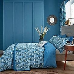 V & A - Blue cotton 'Alyssum' bedding set
