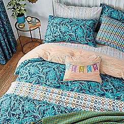 Helena Springfield - Blue polyester and cotton 'Oasis Oceanic' bedding set