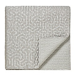 Bedeck 1951 - Natural polyester and cotton 'Kanza' quilted throw