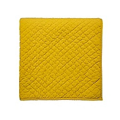 Bedeck 1951 - Yellow matelesse cotton 'Koba' knitted throw