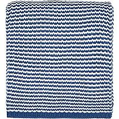 Helena Springfield - Royal Blue acrylic 'Larvotto Tropez' knitted throw