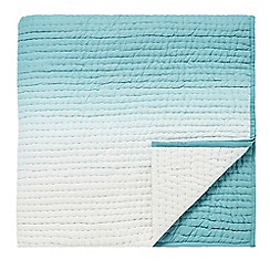 Designers Guild - Light blue cotton 'Saraille' quilted throw