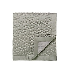 Fable - Light green polyester 'Sari' quilted bedspread