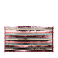 Bedeck 1951 - Dark red cotton 'Tamar' towels