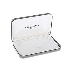 Pure Luxuries London - Gift boxed 'Lacey' 10-11mm white cultured freshwater pearl necklace