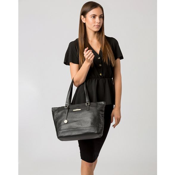 handbag Black Pure leather 'Goldie' Luxuries London YvWxvZ46g