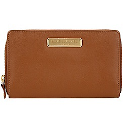 Pure Luxuries London - Tan 'Woolf' leather purse - Deluxe Collection