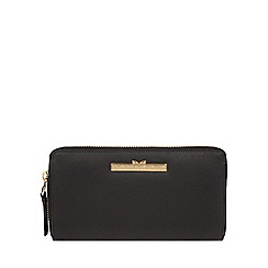 Pure Luxuries London - Black 'Robin' zip round leather purse
