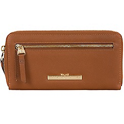 Pure Luxuries London - Tan 'Starling' leather zip round purse