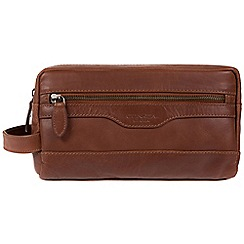 Conkca London - Conker Brown 'Loch' handcrafted leather washbag