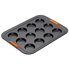 Le Creuset - Black toughened non-stick 12 cup bun tray