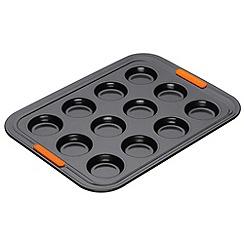 Le Creuset - Black toughened non-stick 12 cup bun tray