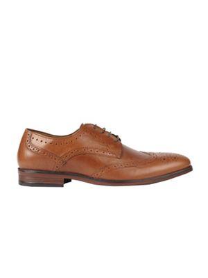Burton - Tan brogues Fashionable and eye-catching shoes