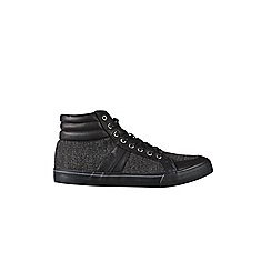 Burton - Black twill hi top sports shoes with a padded collar on a black sole