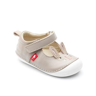 Chipmunks - walker Babies bunny 'Lola' pre walker - shoe in taupe leather 21a531