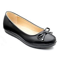 Freestep - Black matt 'elizabeth' ballerina shoes