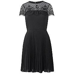 Sistaglam - Black 'Talitha' lace bodice short sleeve skater dress
