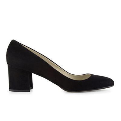 Hobbs - Black 'Sarah' courts Fashionable and eye-catching shoes
