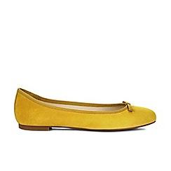 Hobbs - Yellow 'Flo' ballerina
