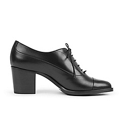 Hobbs - Black 'Faye' court shoes