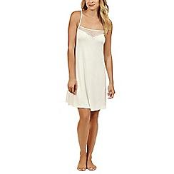 Lisca - Cream 'Beatrice' sleeveless nightdress