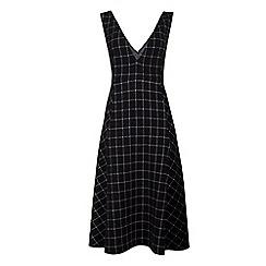 Fever - Black jersey 'Highlands' v-neck pinafore dress