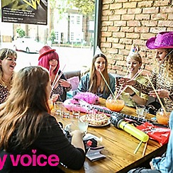 Buyagift - Bottomless Brunch with Cocktails and Karaoke at Lucky Voice Islington Gift Experience for 5