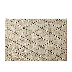 Swoon - Natural and black 'Massa' large hand-knotted rug