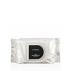 MAC Cosmetics - 100 makeup remover wipes