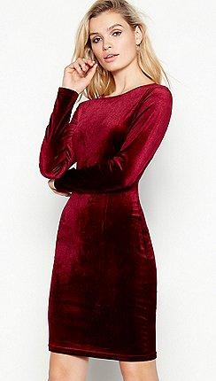 1f0224af1ad Vila - Wine open back velvet  fulla  mini dress