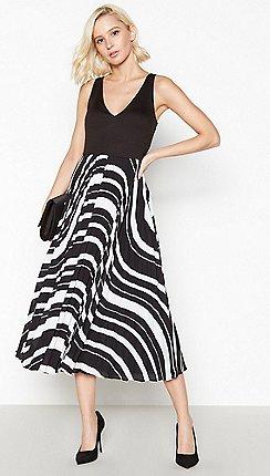 Debut - Black Striped Pleat Midi Dress d834eb882f1a