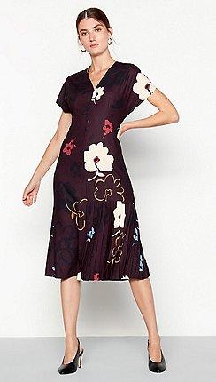 2d4a7d94f Short sleeves - Plus-size - purple - Dresses - Sale   Debenhams