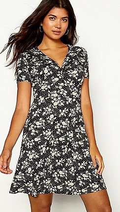 db9572fae0 Red Herring - Black floral print tie front V-neck short sleeve mini skater  dress