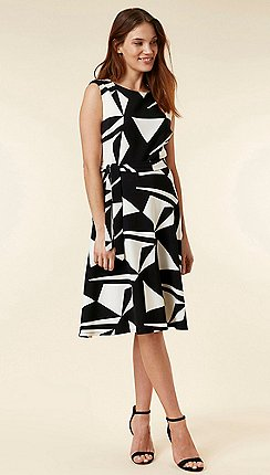 599f12fc433 Wallis - Petite monochrome geometric print fit and flare dress