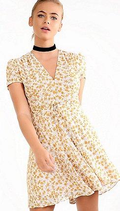 Yellow dresses debenhams amalie amber yellow floral tea dress mightylinksfo