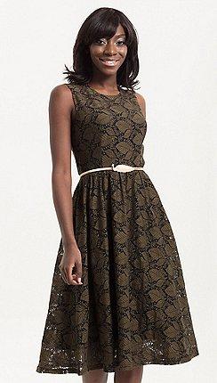 e58dfd76d45a Voodoo Vixen - Green Sophia vintage inspired leaf dress